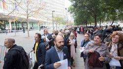 Colas con cientos de personas ante los juzgados en Cataluña para autoinculparse por el
