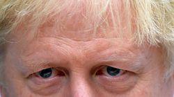 Johnson comunica a Bruselas que acepta extender el Brexit tres