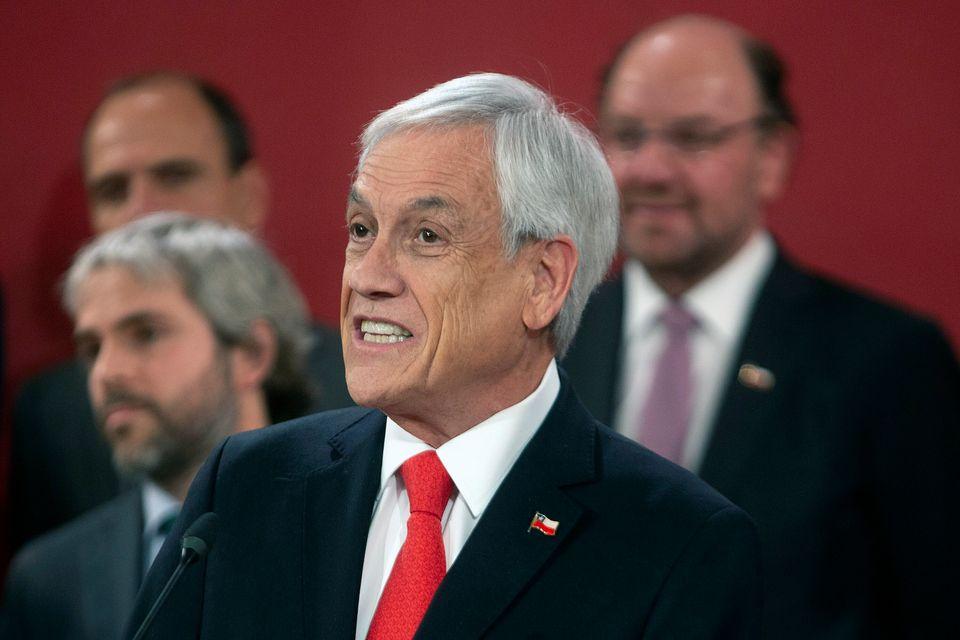 Uma das medidas do presidente Sebastián Piñera foi a troca de ministros de seu governo...