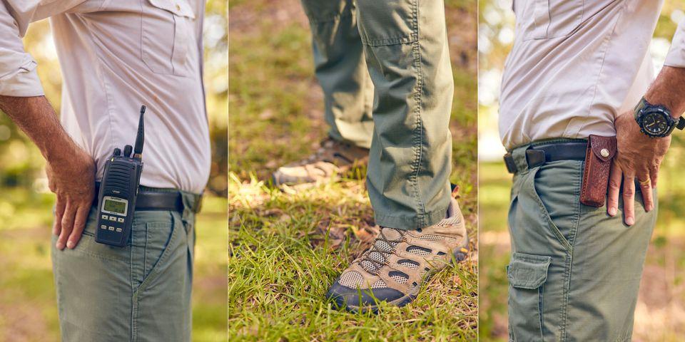 Magill mostra as roupas que usa diariamente para trabalhar no Zoo de