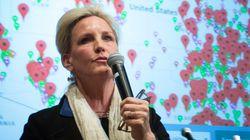 Erin Brockovich et des milliers d'Australiens attaquent leur