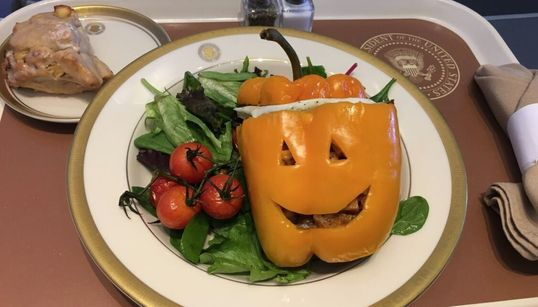 Voici le repas d'Halloween de Donald Trump à bord d'Air Force