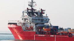 Ocean Viking sbarcherà a Pozzallo. Migranti già