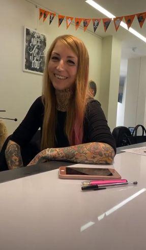 """Fedez apre uno studio di tatuaggi con l'ex: """"Ci siamo lasciati e non ci siamo mai"""