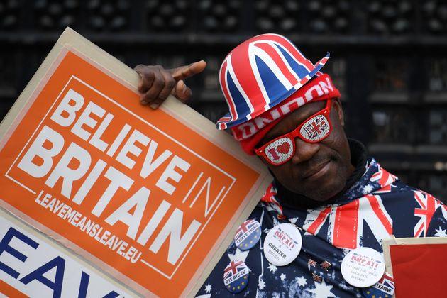 Un manifestant pro-Brexit devant le Parlement, Londres, le 29 octobre