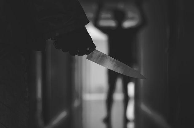 Omicidio ad Anzio: donna uccide l'ex compagno a coltellate. Fermata dai