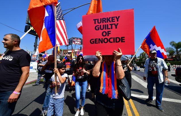 En avril 2019, des Arméniens vivant en Californie ont manifesté pour dénoncer la...