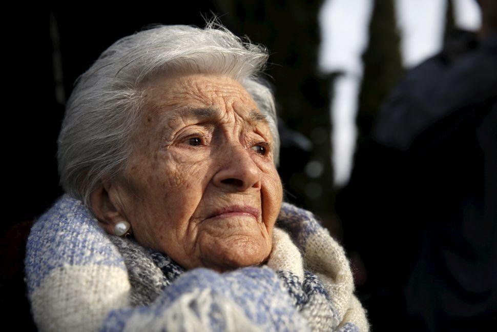 Ascension Mendieta, en enero de 2016, en el cementerio de Guadalajara donde comenzaron los trabajos de...