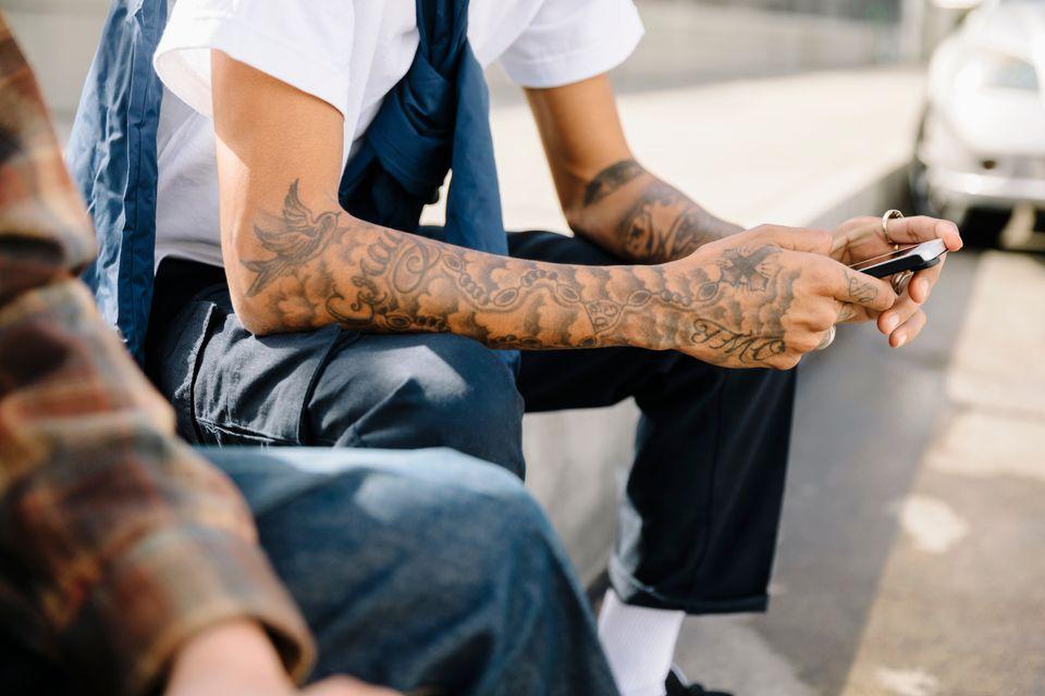 Τατουάζ: Αλλεργίες, κίνδυνοι, κανόνες υγιεινής και 8 οδηγίες για την
