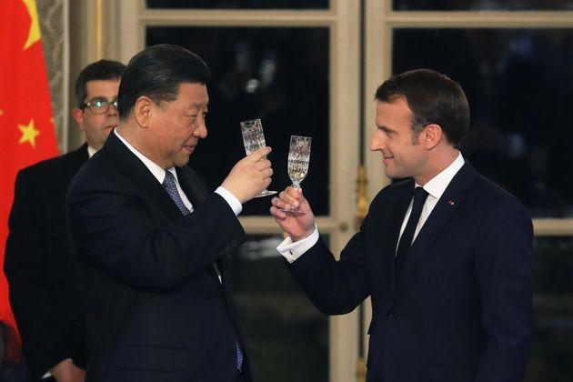 Emmanuel Macron et Xi Jinping à l'Elysée au mois de mars, lors de la visite du président