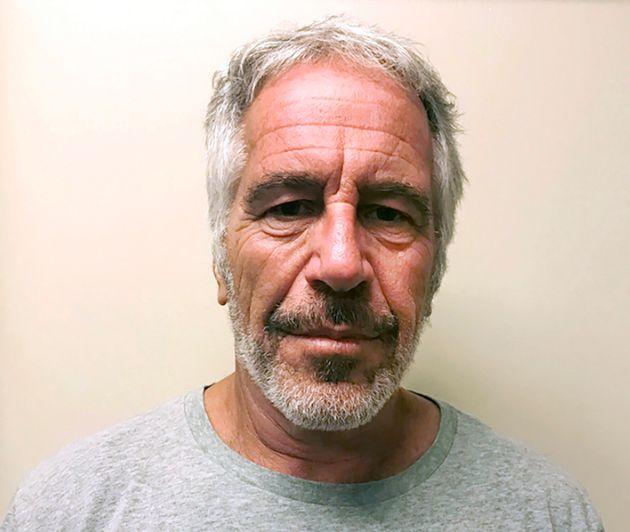 Une photo de Jeffrey Epstein datée du 28 mars