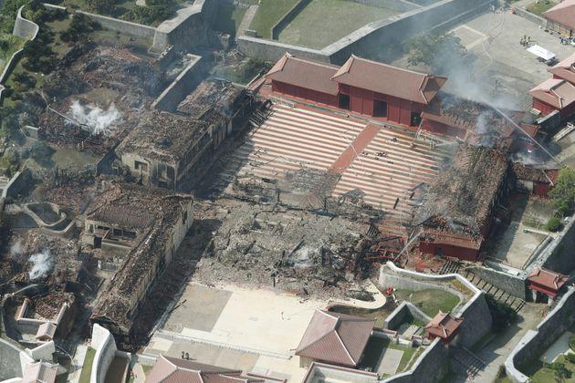 正殿などが全焼した首里城