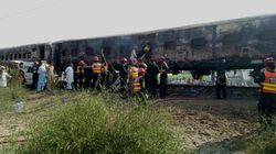 Incendio su un treno in Pakistan, oltre 70