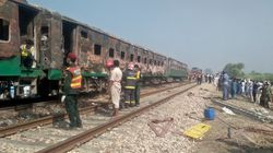 Fire Engulfs Pakistani Train, Kills At least