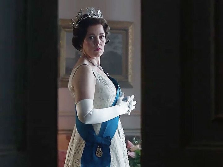 Olivia Colman, en la tercera temporada de 'The Crown'.
