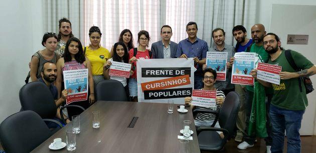 Frente de Cursinhos Populares foi recebida pelo secretário-adjunto da Casa Civil da