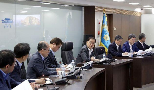 지난 8월 2일 정의용 국가안보실장이 청와대 국가위기관리센터에서 북한의 단거리 발사체 2발 발사와 관련해 대응 회의를 주재하고 있는