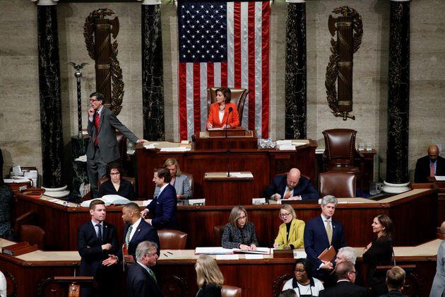 El Congreso de EEUU vota a favor de abrir el proceso de 'impeachment' contra