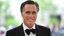 Mitt Romney Enkel Trolle Ihn Mit Pierre Delecto Halloween-Kostüm