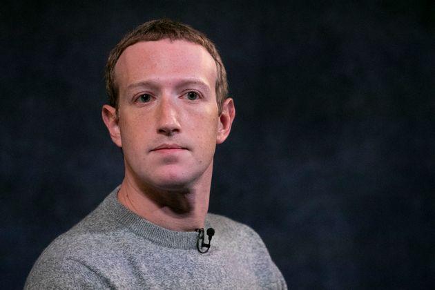 Mark Zuckerberg, ici le 25 octobre à New York, et son réseau social sont accusés...