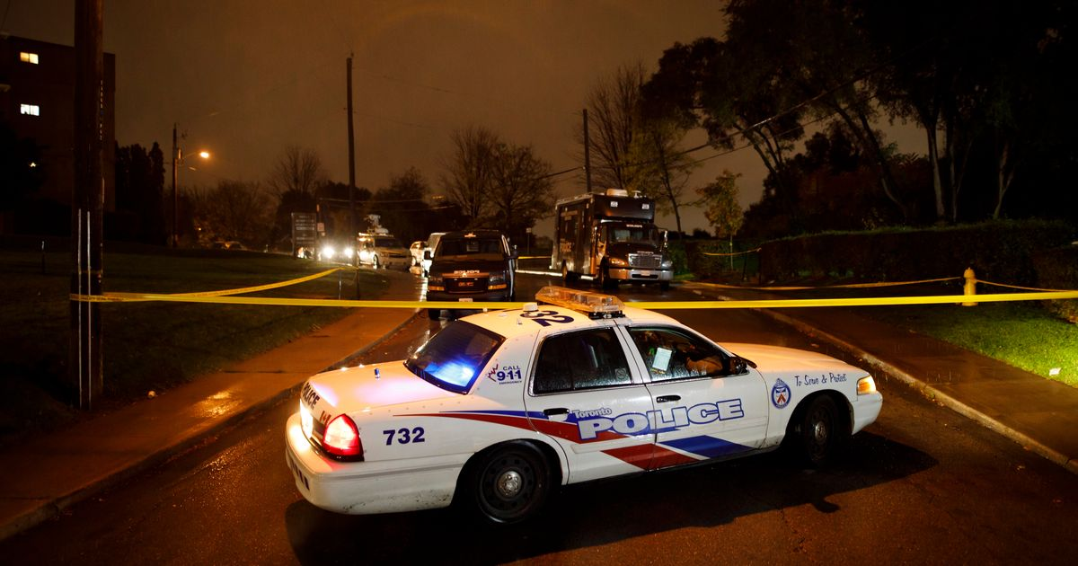 Investigation Underway After 5 Teens Shot In Toronto - HuffPost Canada