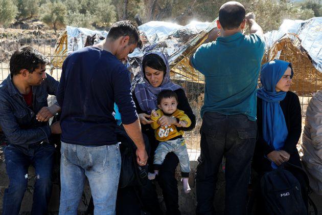 Stretta di Atene sui migranti, una nuova legge accelera le