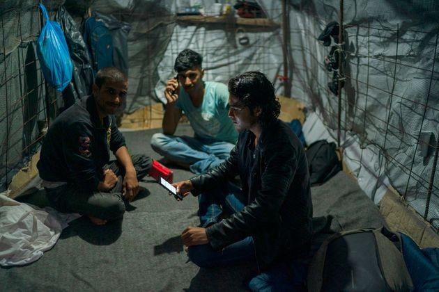 Μεταναστευτικό: Μεταφορά 1.000 αιτούντων άσυλο από τα νησιά στην