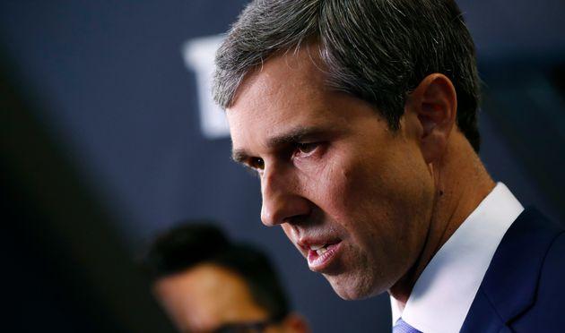 Le démocrate Beto O'Rourke, ici le 15 octobre à Westerville, dans l'Ohio, abandonne la...