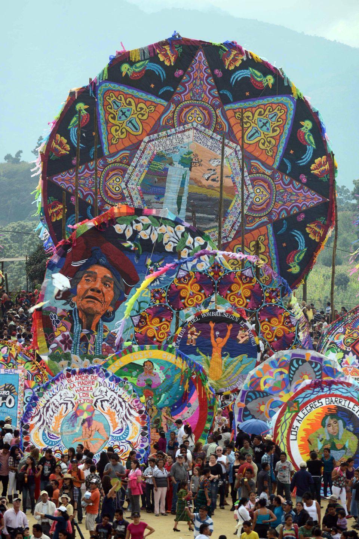 Γουατεμάλα: Το πέταγμα του χαρταετού, η άγνωστη παράδοση της «Ημέρας των
