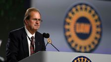 United Auto Workers Präsident, Beiseite Zu Treten Inmitten Der Ausufernden Korruption Sonde