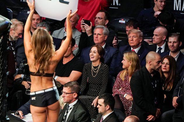 Donald Trump a été hué par une partie du public du Madison Square Garden à...