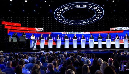 Qui sont les candidats démocrates contre Donald Trump, à un an de la