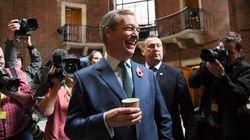 Βρετανία: Ο Φάρατζ δεν θα είναι υποψήφιος στις