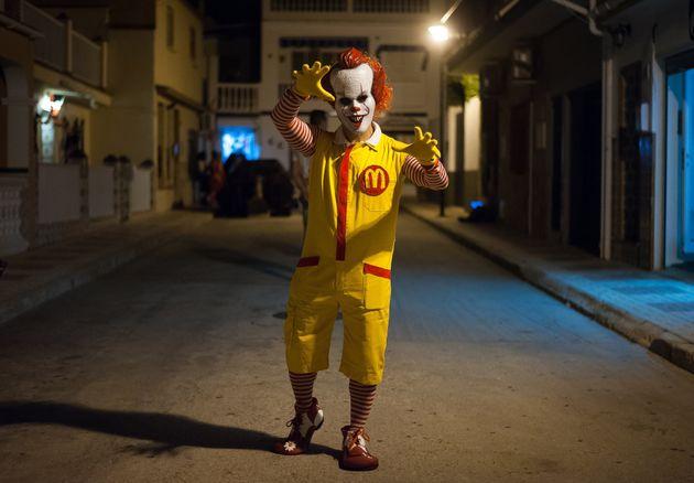 Δημόσια συγγνώμη από την McDonald's στην Πορτογαλία για την καμπάνια «Sundae Bloody