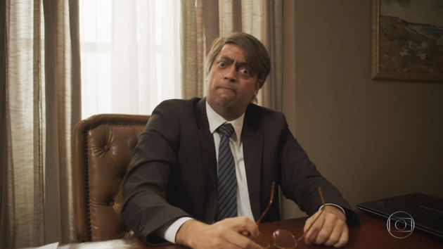 Fernando Caruso caracterizado como o presidente Jair Bolsonaro no