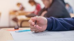 ¿Por qué la calificación final de un examen puede no ser