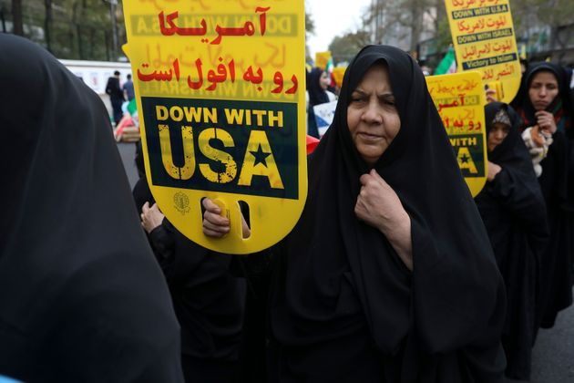 Ce lundi 4 novembre, des Iraniens ont manifesté contre les États-Unis, devant l'ancienne...