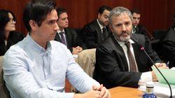 La familia del asesinado con unos tirantes de la bandera de España pide que el presunto asesino pague por un crimen de