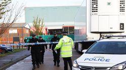 Camion charnier en Grande-Bretagne: huit arrestations faites au