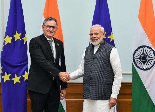 L'eurodeputato Dem Ferrandino con il premier indiano