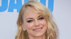 Anna Faris Is Indeed Engaged To Michael Barrett, Allison Janey
