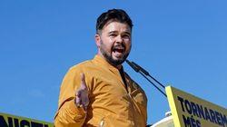 Rufián arrasa durante el debate con su tuit sobre Casado y Rivera: viral a los 10