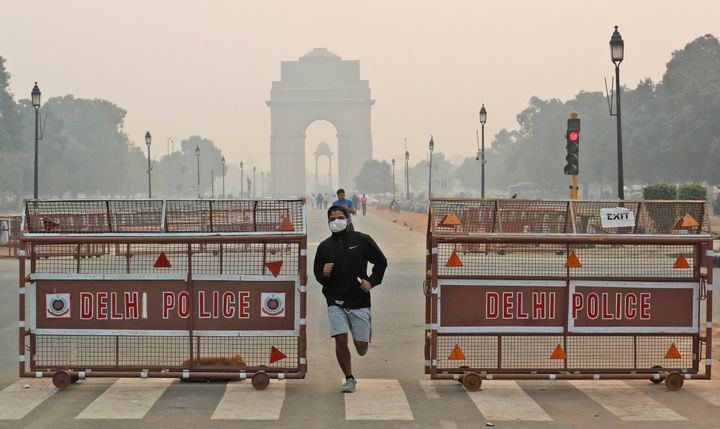 At 9:44 am, Delhi's air quality index was recorded at 365.