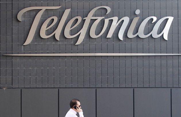 Telefónica reduce un 50,6% su beneficio hasta septiembre por el plan de