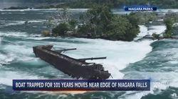 100년 동안 꼼짝 않던 나이아가라 폭포의 거대한 바지선이 처음으로