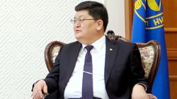 한국 승무원 성추행한 몽골 헌재소장, 몽골인 승무원 협박도