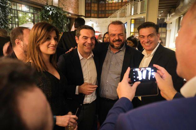 Ραντεβού Τσίπρα με τους βουλευτές του ΣΥΡΙΖΑ σε μαγαζί στου