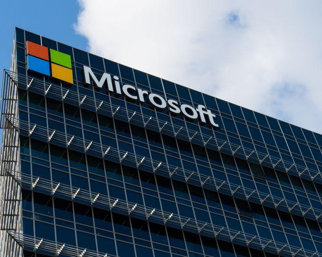 Microsoft testa la settimana lavorativa di 4 giorni: la produttività aumenta del