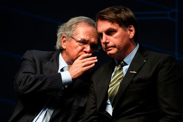 Bolsonaro e Guedes entregam PEC do Pacto Federativo ao