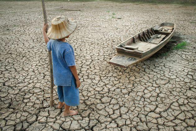Επιστήμονες από 153 χώρες προειδοποιούν: Ερχονται «ανείπωτα βάσανα» με την κλιματική